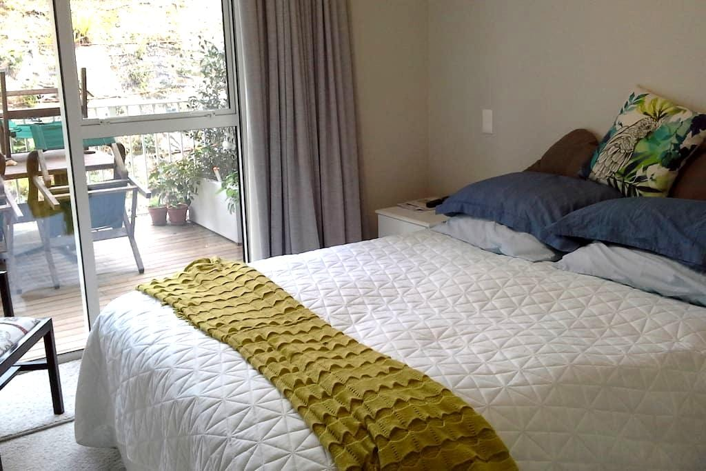 orewa apartment room and ensuite - Orewa - Leilighet