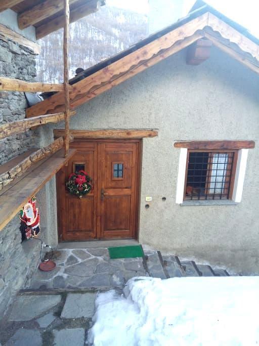 Vista sui monti - Traverses - Квартира