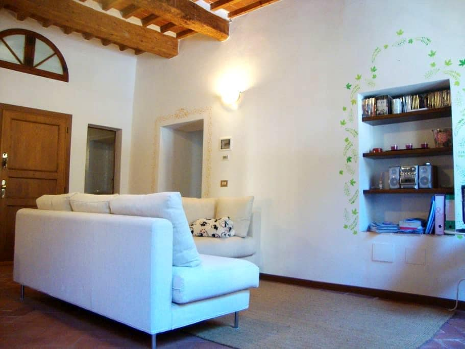 Tuscan-style apartment - Pescia - Apartemen