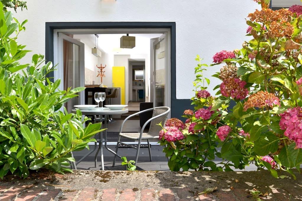 Appartement Deluxe mit Holzterasse und Burgblick - Cochem - Appartement