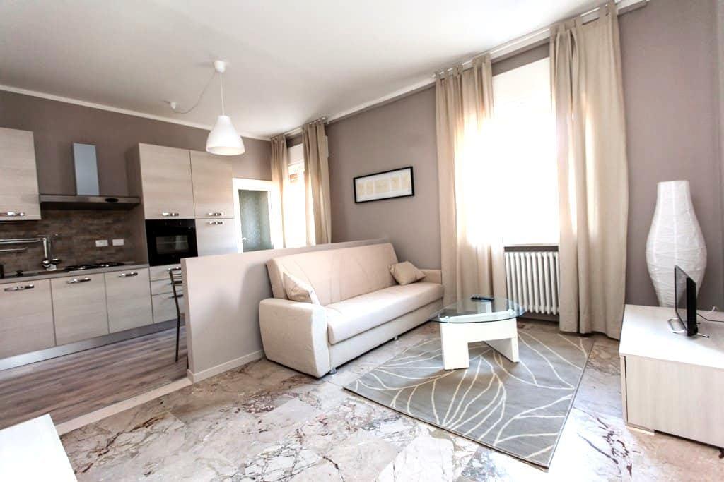 Luminoso in pieno centro - Ravenne - Bed & Breakfast