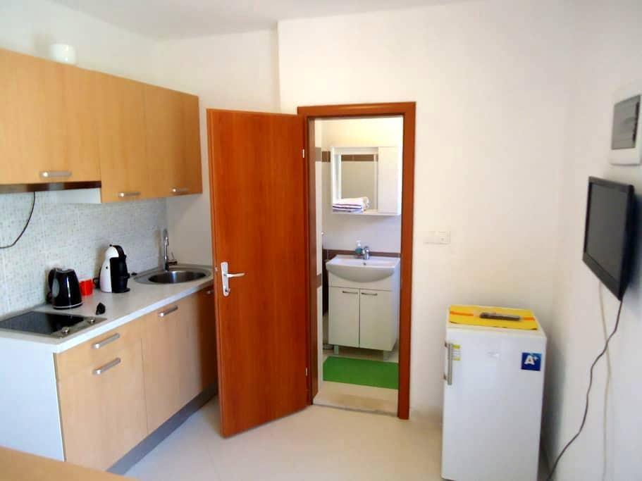 Beppo studio apartment-Mirca - Mirca  - Departamento