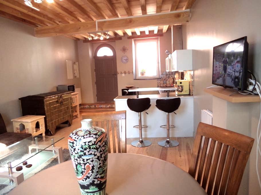 Duplex dans un village du Lauragais - Saint-Julia - Loteng Studio