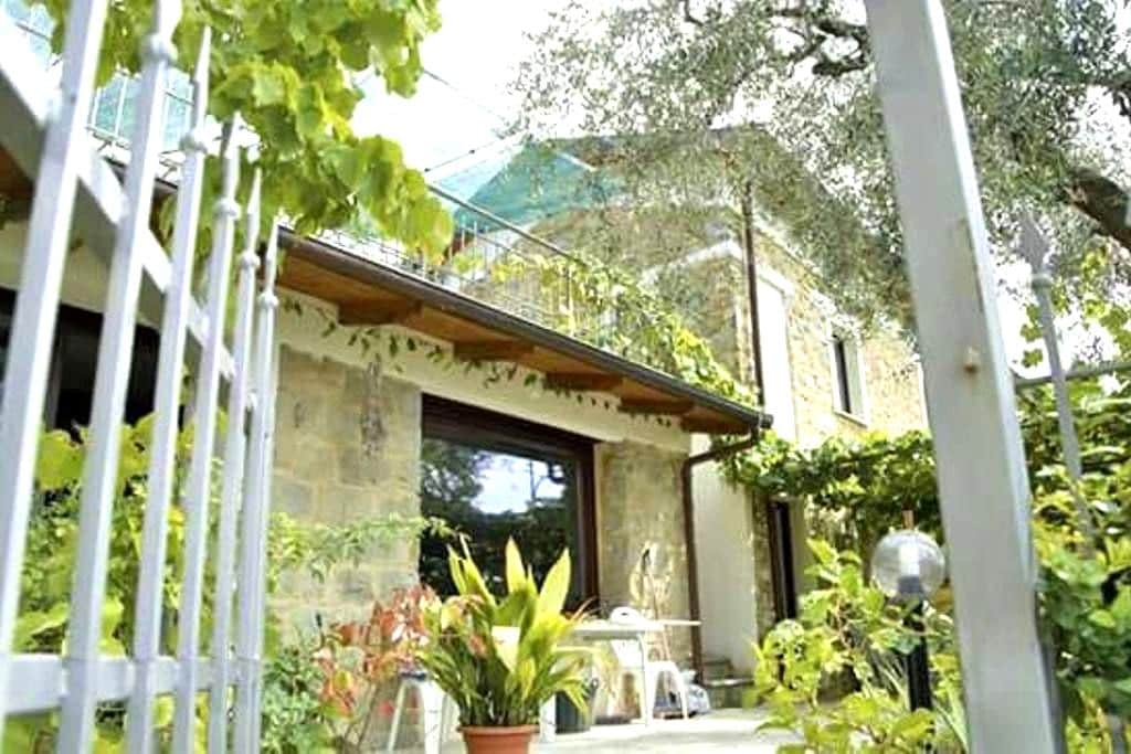 Le Caillou double room - Sanremo - Bed & Breakfast