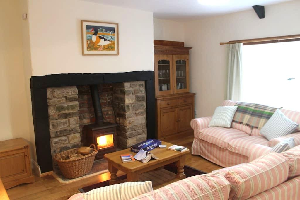 Woodpecker Cottage - Lowick - Dom
