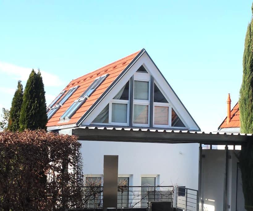 *Sonnhalde*Ferienwohnung DG**kl. Garten*Beste Lage - Freiburg im Breisgau - Talo