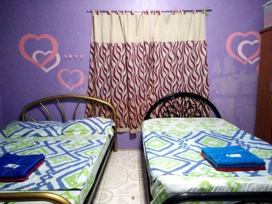 Shared Room near 100 Islands FREE Breakfast - Alaminos, Ilocos Region, PH - Casa