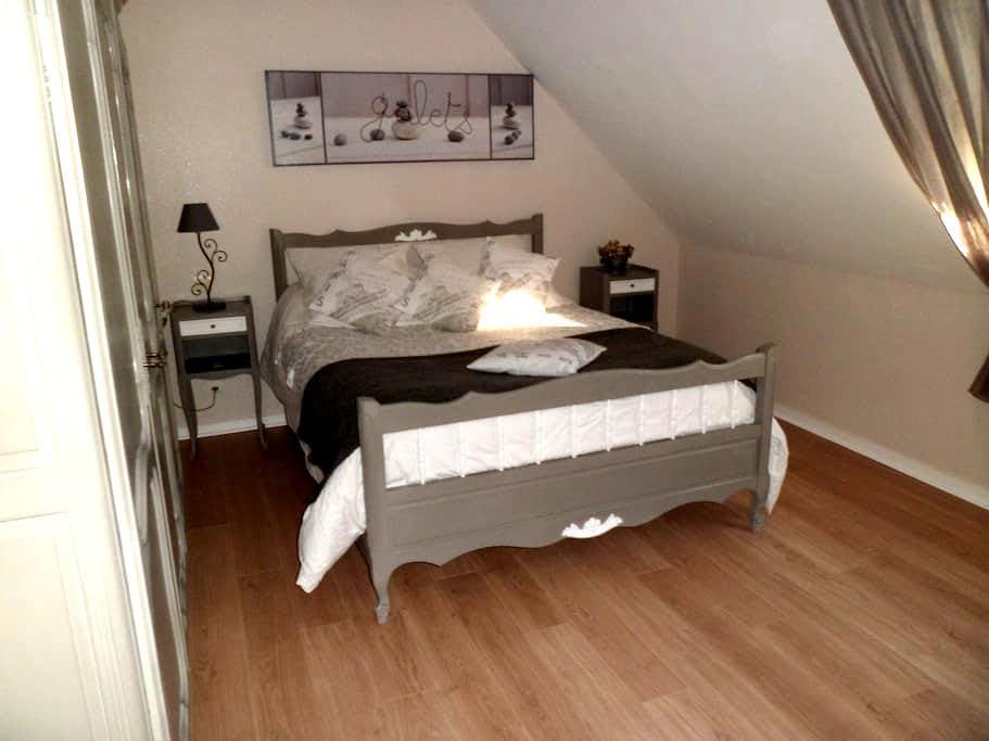 1 chambre à louer chez l'habitant  - Trévières - Huis