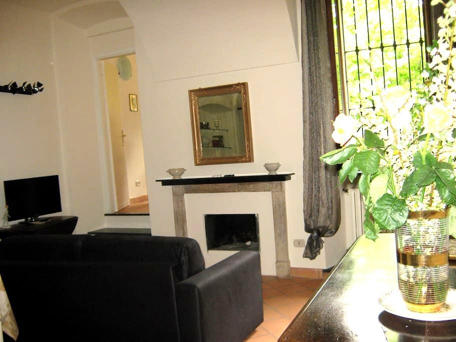 Delicious Apt in Historic House - Acqui Terme - Apartament