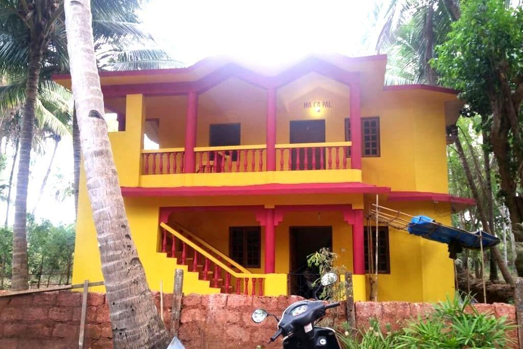 MA CA PAL Guest House (Goa) - Velsao - Haus