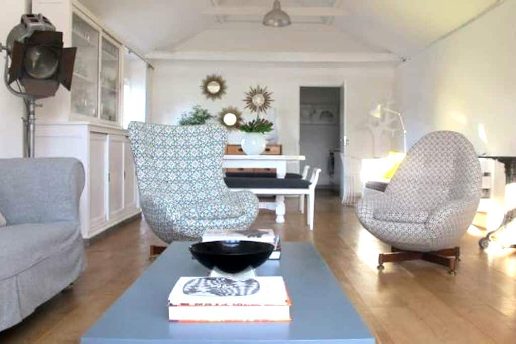 Eclectic retreat near Newmarket - Woodditton - Byt