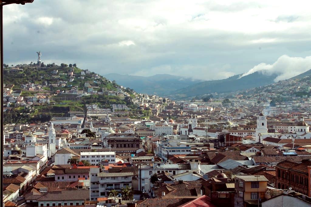 Romantic City Centre View - Quito - Apartamento