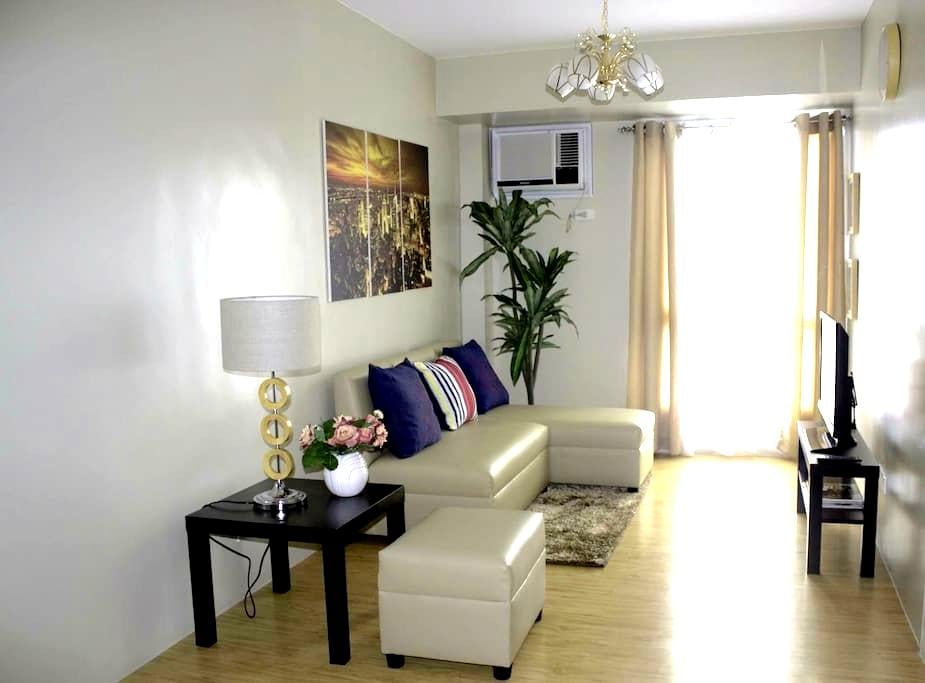 Cozy & Homey Avida Towers Alabang ! - Muntinlupa - Condominio