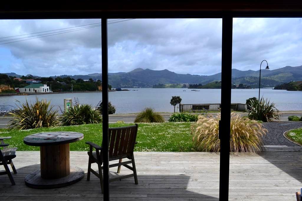 The Outlook, Private Studio, Otago Peninsula - Dunedin - Flat