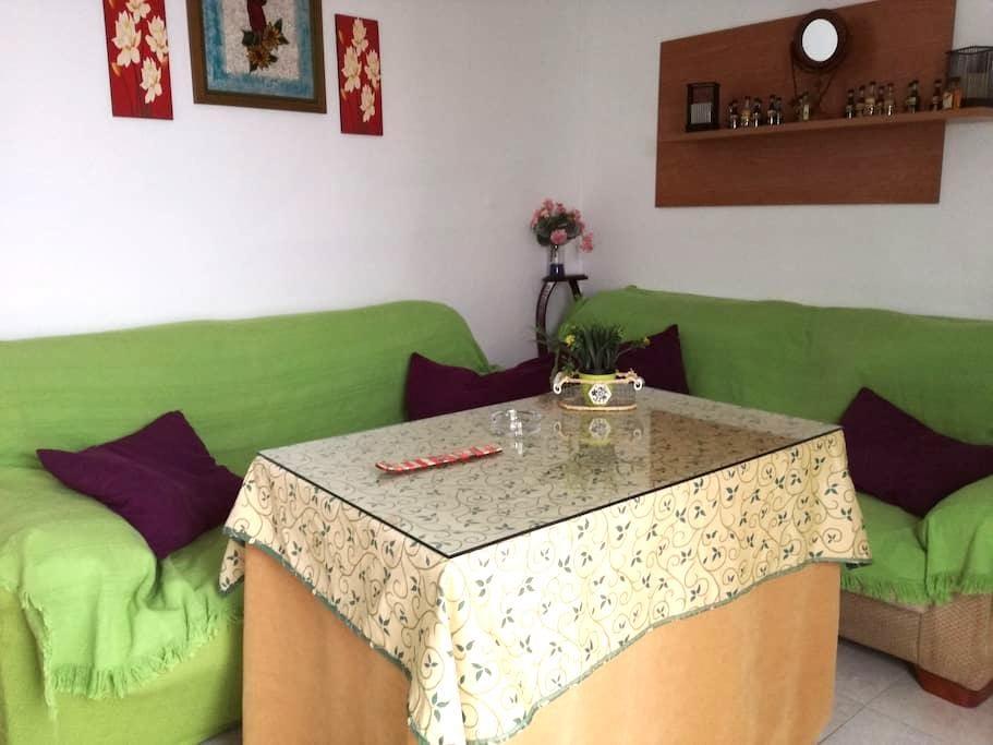 CARMONA HOUSE-apartment located - Carmona - Huis