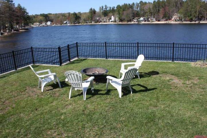 Charming waterfront cottage - Salem - Casa