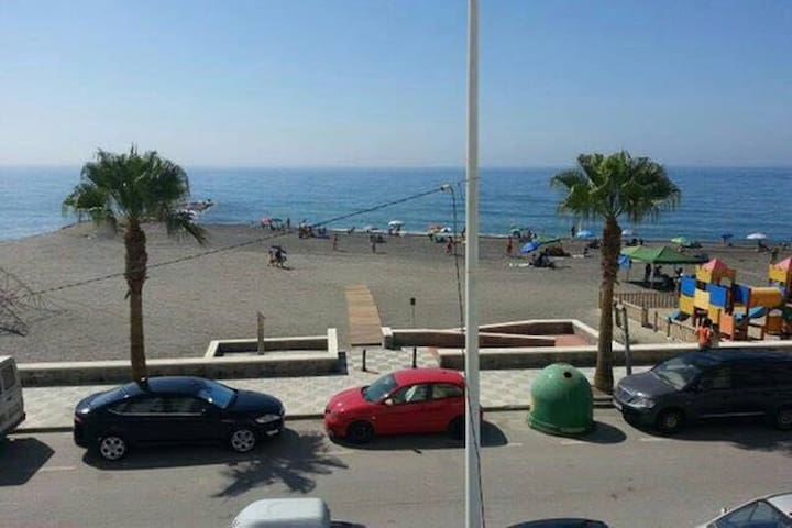 SEA VIEWS AT THE TROPICAL COAST - La Mamola - Apartament