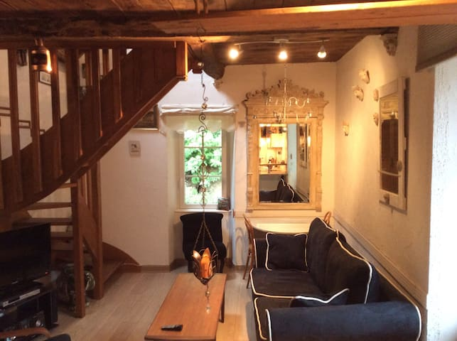 """Cozy Loft in breathtaking Area"" - Dinan - Daire"
