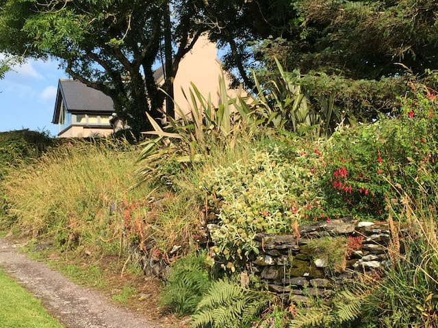 Cottage with stunning views, Rosscarbery, Co Cork - Rosscarbery