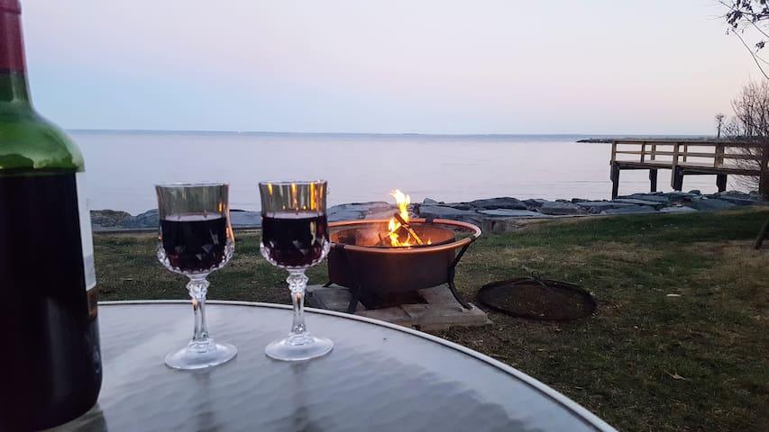 Cozy Cottage on the Chesapeake Bay w/ Kayaks - Shady Side - Hus