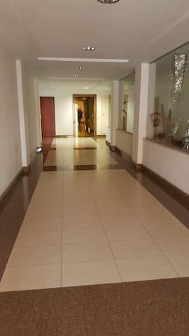 Appartamento a 20 mt dalla spiaggia - Torre Grande - Apto. en complejo residencial