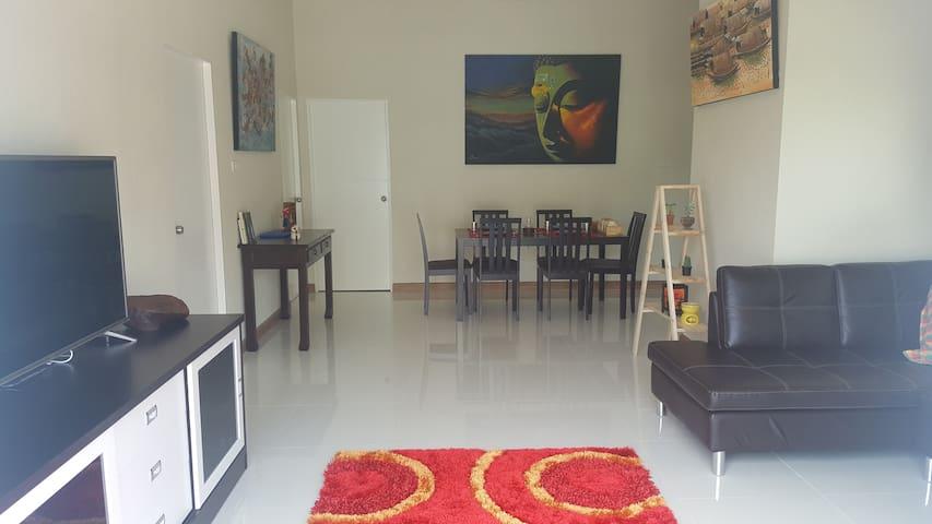 San Sai Sabai.  The comfy house. - Tambon San Sai Luang - Ev