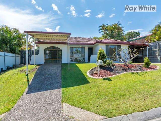 Lovely Home  - March Special! - Riverhills - Casa