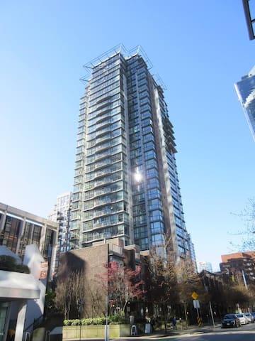 1bedroom+free parking @DT Vancouver - 溫哥華 - 公寓