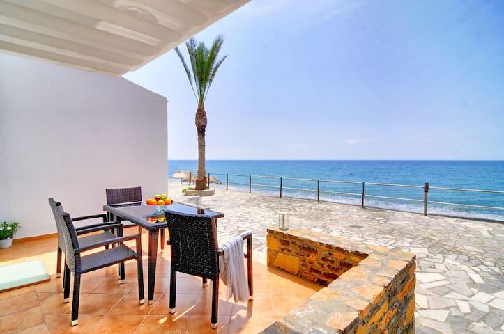Myrtos Mare Suites - Seafront Studio - Neos Mirtos - Appartement