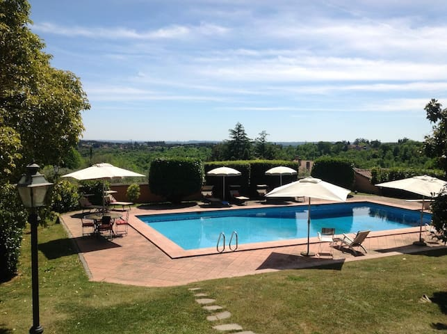 Villa Branka just minutes from Rome - Sacrofano - Вилла