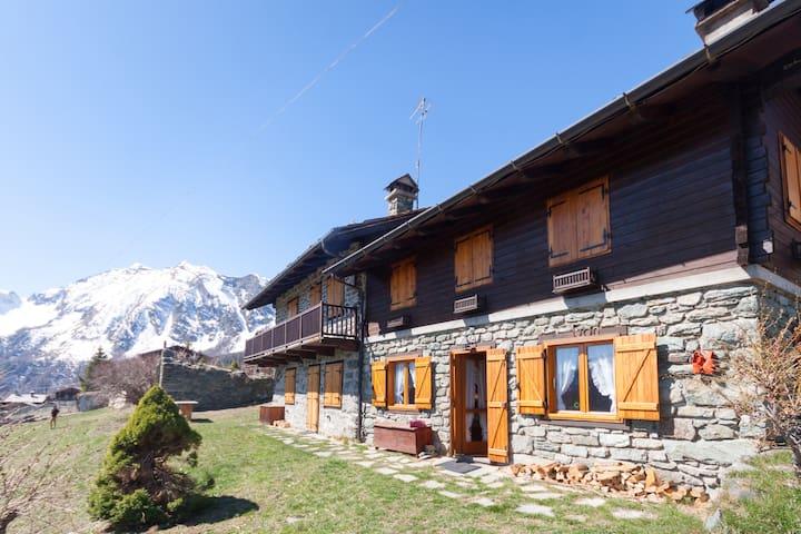 Appartamento in Val d'Ayas - Valle d'Aosta - Antagnod - Appartement