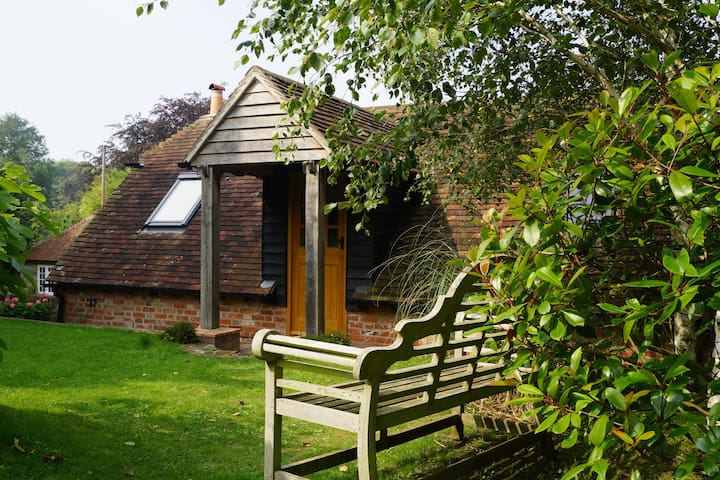 Luxury annexe in attractive South Downs village - East Lavant - Leilighet