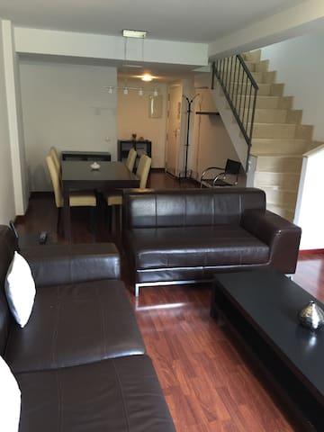 Precioso Duplex en Chiloeches! - Chiloeches - Lägenhet