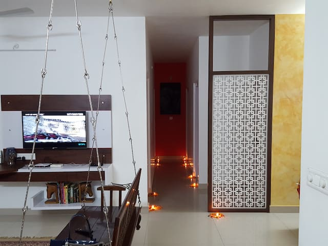 Private Room 3 with cosy ambience and amenities - Ahmedabad - Bed & Breakfast