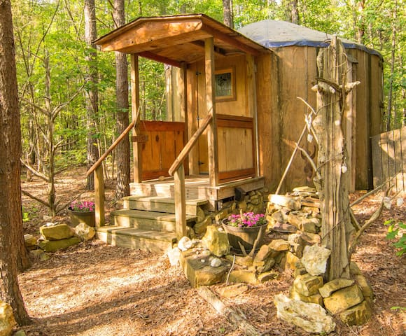 Baby Yurt - Gold Hill - Yurt