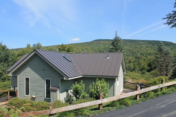 Slopeside Bretton Woods Retreat by the River - Carroll - Hus