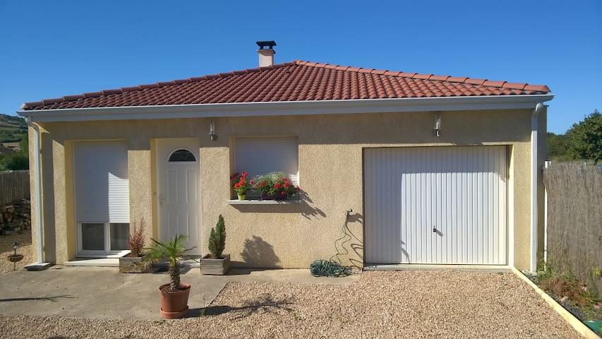 Maison récente 2 ch. proche des parcs d'Auvergne - Les Martres-de-Veyre - Huis