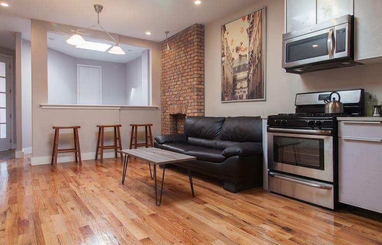 Beautiful Historic Brooklyn! - Brooklyn - Appartement