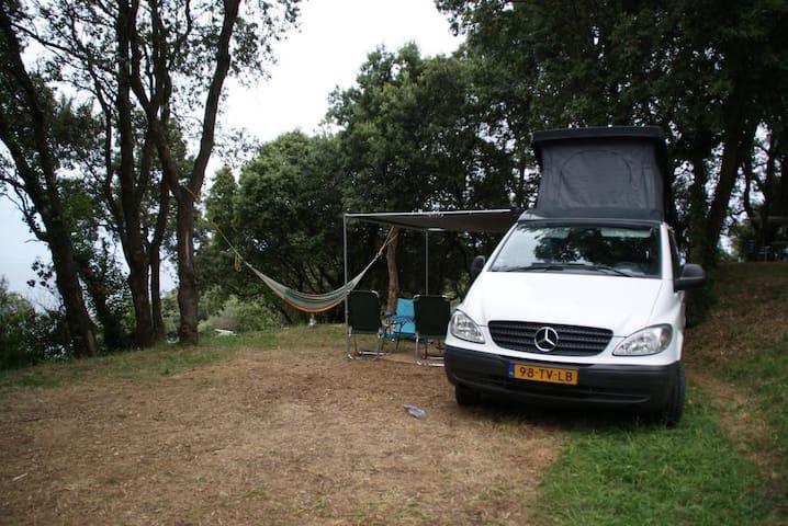Luxe Mercedes Vito Buscamper - Gennep - Trailer