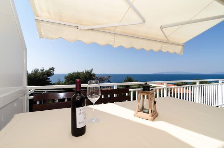 Villa Ana- Two Bedroom with Balcony and Sea View - Potomje