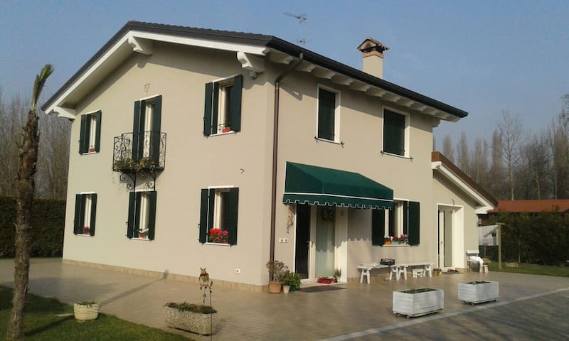 PADOVA,VENEZIA,VERONA,THERMAL AREA,HILLS! ENJOY US - Rubano - Villa