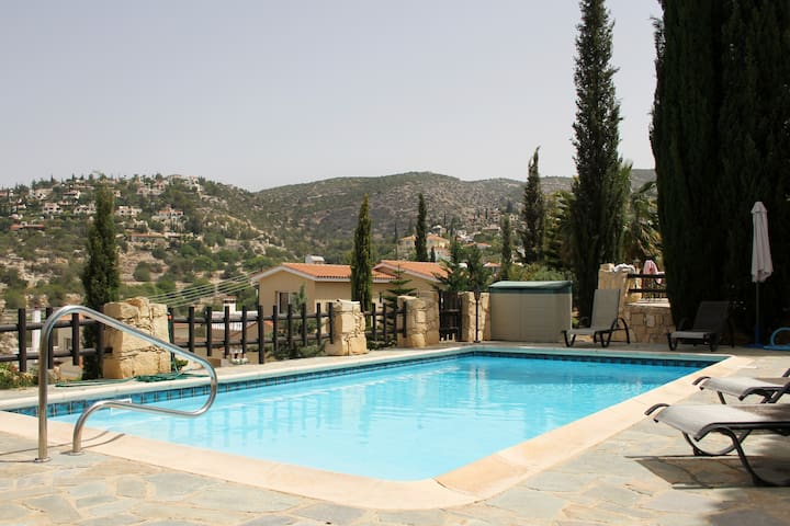 Seaview villa - Private pool - Paphos - Villa