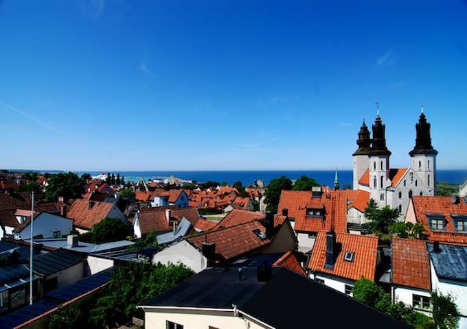 Apartment with stunning view in old town Visby - Visby