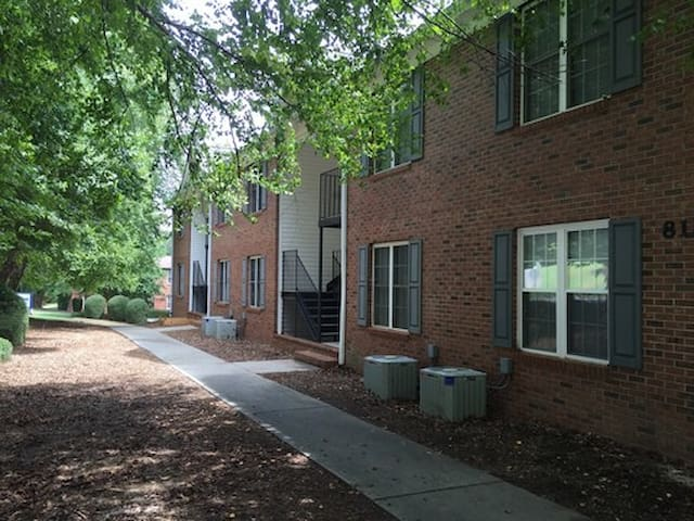 Great Place for Game Day! - Clemson - Departamento