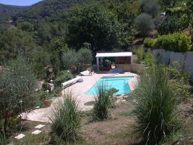Appartement dans villa avec piscine - Saint-Blaise - 公寓