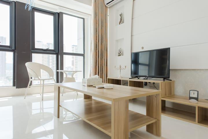 东门町民国街loft三室两卫一厨公寓特价 - Suzhou