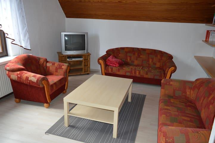 Schöne großzügige Ferienwohnung - Scheeßel - Lägenhet
