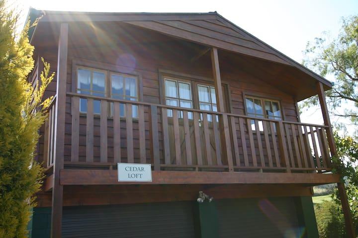 Cedar Loft - Cedar Cottages Blackmans Bay - Blackmans Bay - Huoneisto