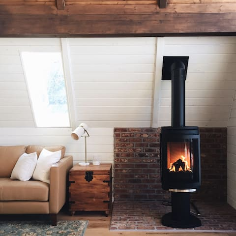 A-Frame Haus - $149/night in April - Heber City - Cabin