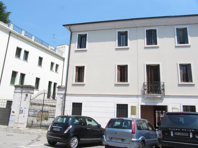 Elegante appartamento in centro a Portogruaro - Portogruaro